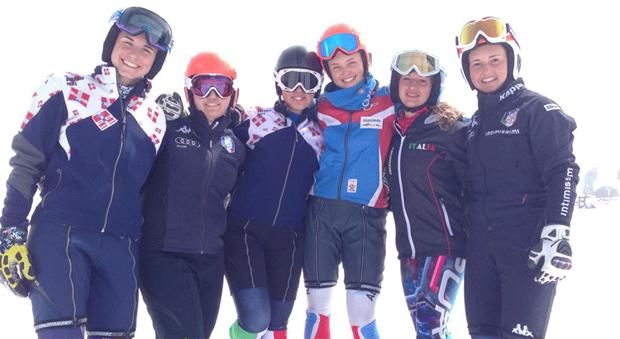 Martina Perruchon und Co. freuen sich auf eine zweite Woche in Les Deux Alpes (Foto: FISI.org)