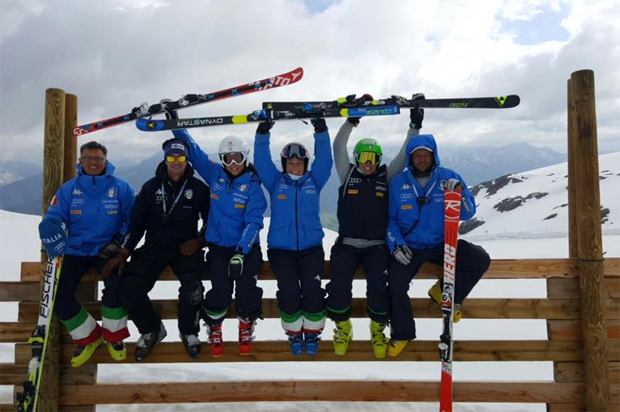 Elena Fanchini und Co. arbeiten hart in Les Deux Alpes (© Elena Fanchini / Facebook)