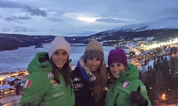 Elena Curtoni, Francesca Marsaglia, Nadia Fanchini schicken Grüße aus Schweden (Foto: Facebook / Elena Curtoni)