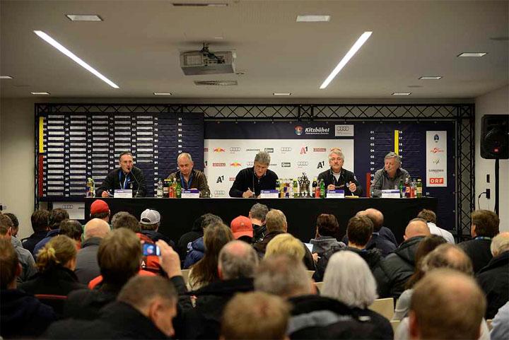 © hahnenkamm.com / Sitzung der Mannschaftsführer
