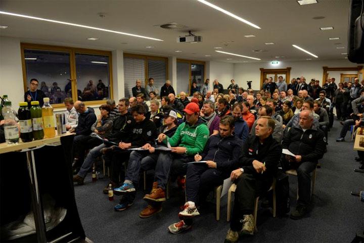 © hahnenkamm.com  /  Team Captains Meeting