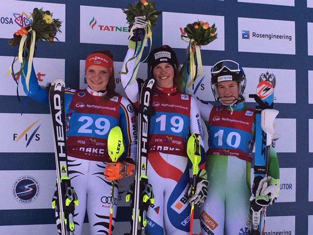 Karin Hirtl-Stanggassinger, Aline Danioth, Sasa Brezovnik (Foto: Swiss-Ski.ch)