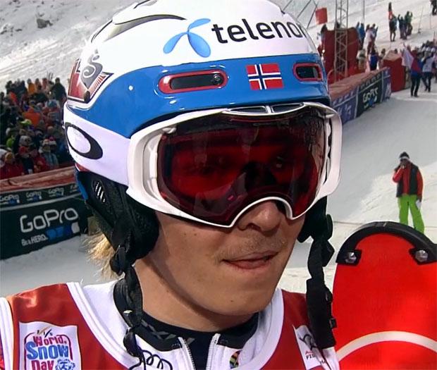 Henrik Kristoffersen im Marcel-Hirscher-Stil beim Slalom in Val d'Isère das Maß aller Dinge