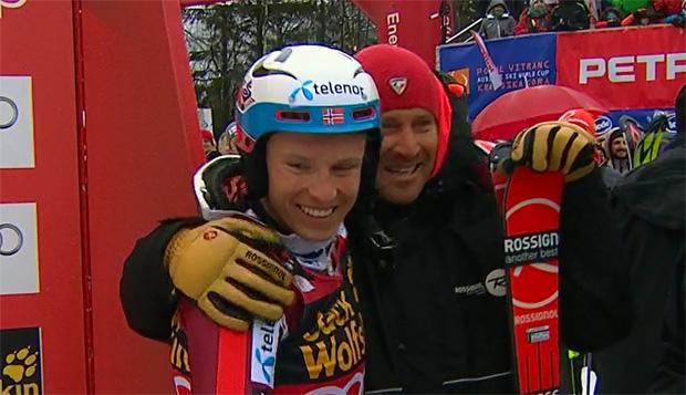 Henrik Kristoffersen gewinnt Riesenslalom Weltcupkugel