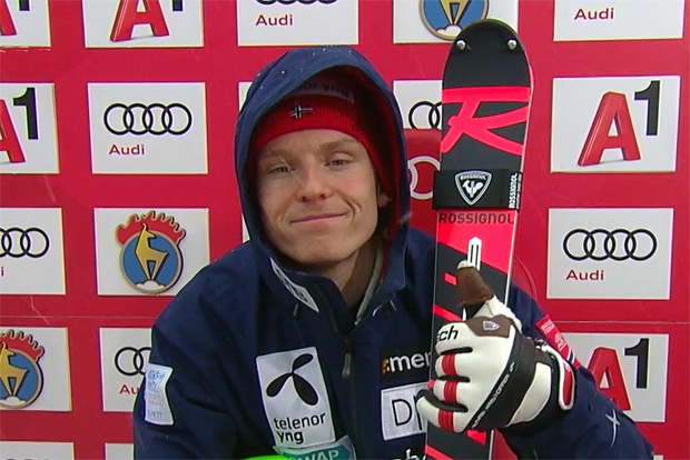 Henrik Kristoffersen liegt nach 1. Slalom-Durchgang in Kitzbühel auf dem Ganslernhang in Führung