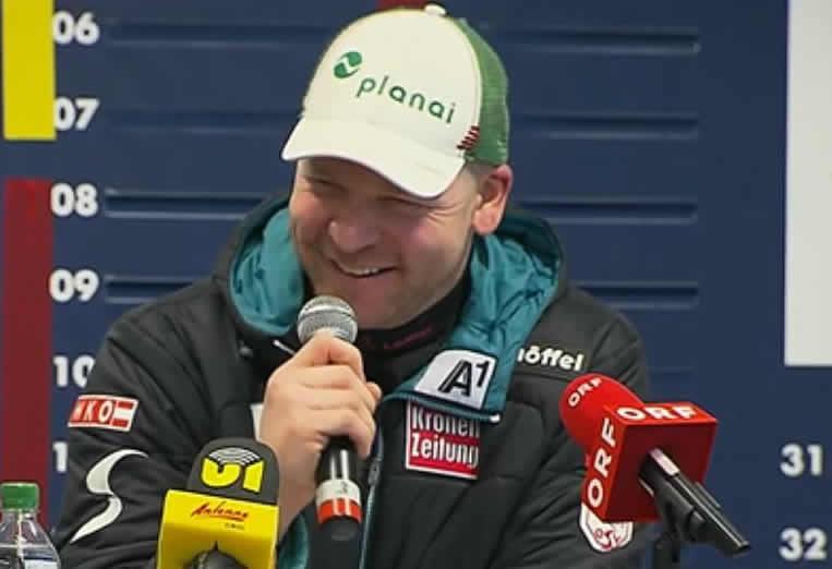 Klaus Kröll hatte gut lachen bei der Pressekonferenz