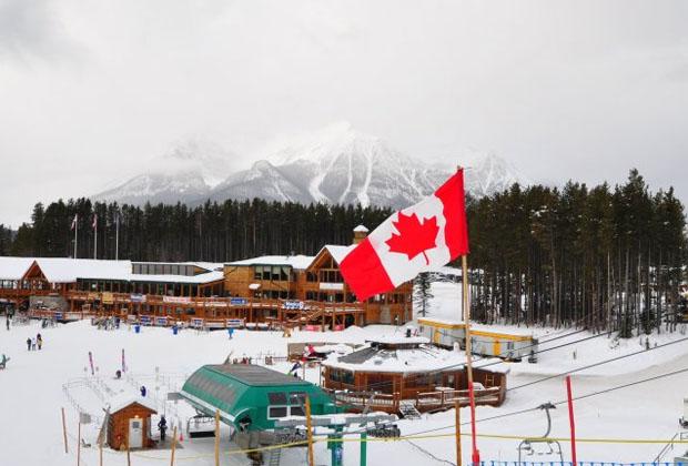 © facebook / FIS Alpine World Cup Tour / Sportlich-historischer Exkurs über Lake Louise