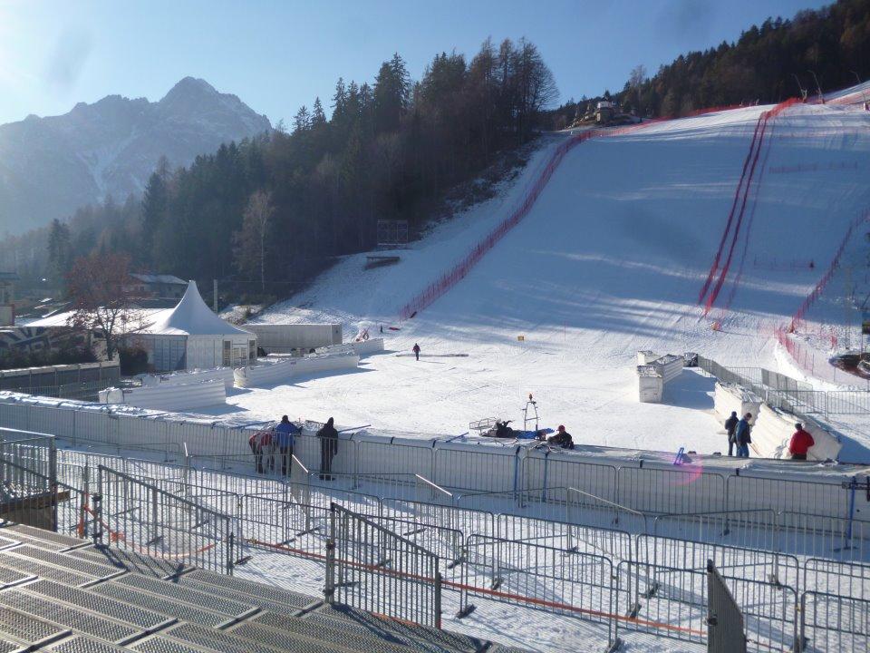 © Ski Wolrd Cup Lienz / Die Weltcupstrecke ist in einem Traumzustand !!  Durch die super Arbeit vom Skiclub Lienz in den vergangenen Tagen -  unterstützt durch sehr viele Helfer  und bedingt durch die Erfüllung des Weihnachtswunsches von sehr vielen kalten Nächten...