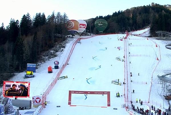 Donnerstag: 10.15 Uhr /13.15 Uhr - Slalom der Damen in Lienz