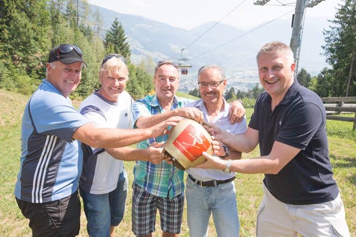 Copyright: Thomas Isep - v.l.nr.: Rupert Steger (ÖSV Direktor), Atle Skardal (FIS Race Director Damen), Siegfried Vergeiner (Rennleiter WC in Lienz), Werner Frömel (OK-Chef WC Lienz), Michael Kögler (ORF-Regisseur)