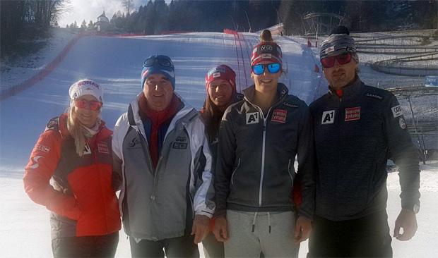 © SCL Lienz / Eva-Maria Brem mit Ricarda Haaser Elisabeth Kappauerer, ÖSV Trainer Klaus Mayrhofer und Siegfried Vergeiner (2. von links)