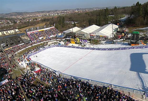 Blick in das Zielstadion von Maribor (SLO)
