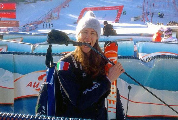 Roberta Midali, nach ihrem Auftritt beim Slalom von Lienz, mit gebrochenen Stock. (Foto: facebook / privat)