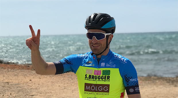Manfred Mölgg macht auch auf dem Rennrad eine gute Figur (© Foto / privat)