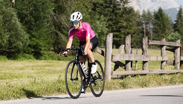 """Manuela Mölgg beim Training für den """"Maratona dles Dolomites"""""""