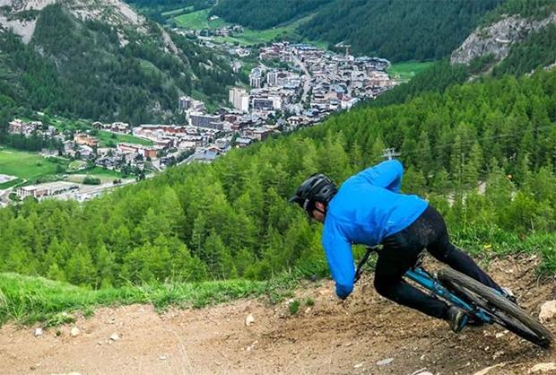 Victor Muffat-Jeandet: Zwischen Skifahren und Mountainbiken. (Foto: © Cyprien Sarrazin)