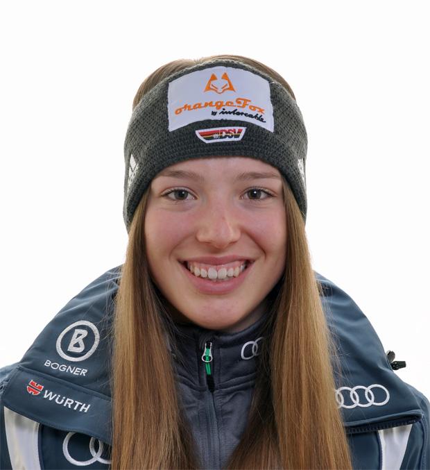 DSV-Juniorin Julia Mutschlechner zeigt sich in einer sehr guten Frühform (Foto: Deutscher Skiverband)