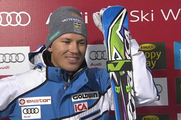 Andre Myhrer führt nach dem 1. Slalom Durchgang in Levi