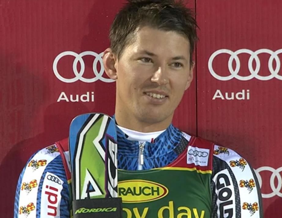 Andre Myherer gewinnt 1. Saisonslalom in Levi