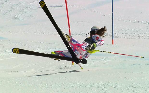 Nastasia Noens kam beim Slalom von St. Moritz zu Sturz