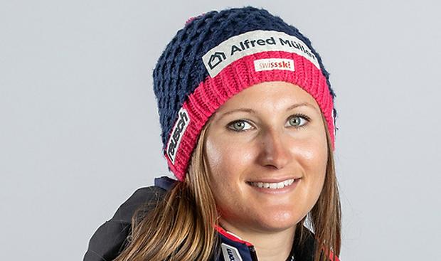 Priska Nufer hat bei EC-Abfahrt am Neveasattel die Nase vorn (Foto: Swiss-Ski)