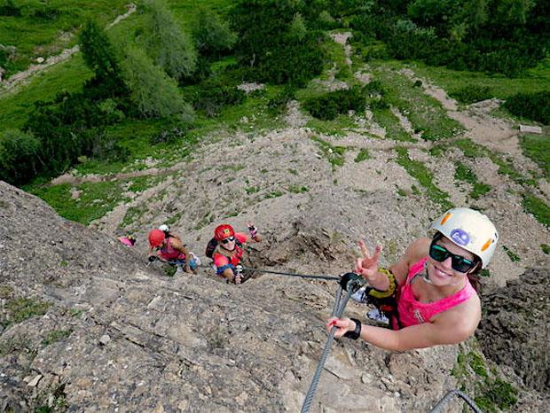 Ohne Scheue kletterten Stephanie Brunner, Katharina Gallhuber und Co. die Felswände hoch. (Foto: ÖSV/ Trixl)