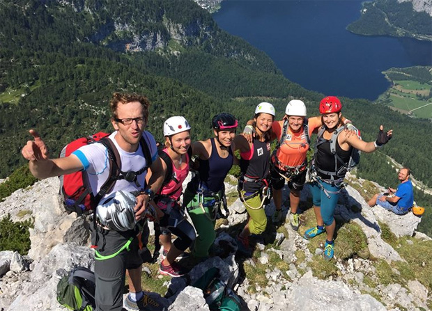 Die ÖSV Rennläuferinnen, Christine Scheyer, Nici Schmidhofer, Sabrina Maier, Ramona Siebenhofer und Christina Ager (Foto: Austria Ski Team Ladies / Facebook)