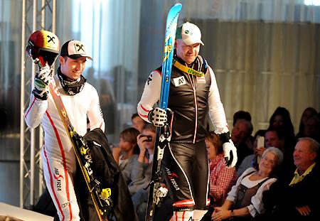 Marcel Hirscher und Klaus Kröll machten auch auf dem Laufsteg gute Figur. (Foto: Erich Spiess)