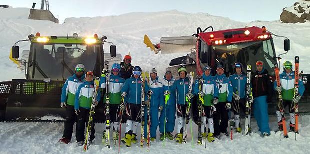Mit Radraks wurde das ÖSV-Team auf den Gletscher gebracht. (Fotos: ÖSV)