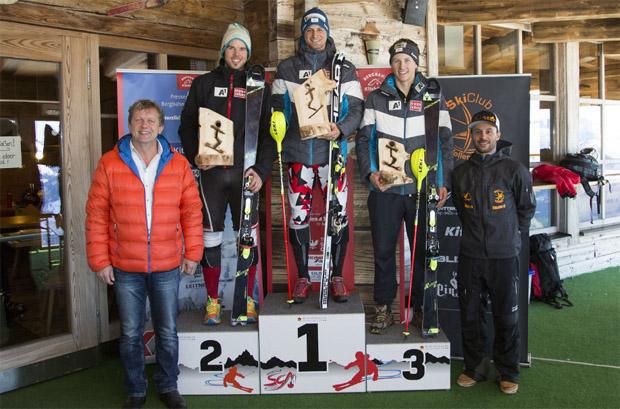 Das Siegerbild des zweiten FIS-Slaloms: (v.l.) Matthias Tippelreither, Johannes Strolz und Dominik Raschner (Foto: Eva Reifmüller / www.reifmueller.at)