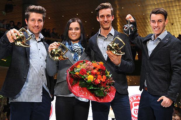 """Marcel Hirscher, Anna Fenninger und Gregor Schlierenzauer (v.l.) freuten sich über die """"Goldene Teekanne""""; Stefan Kraft (re.) wurde """"Newcomer of the year"""". (Foto: Erich Spiess)"""