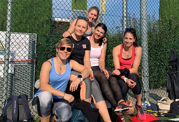 Die Speed-Damen nutzten das gute Wetter im Süden, um noch mal Kraft zu tanken. (Foto: © ÖSV)