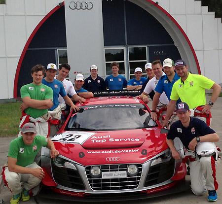 Zahlreiche Skistars des ÖSV ließen sich die Möglichkeit einer Driving Experience bei Audi nicht entgehen. (Foto: Audi)