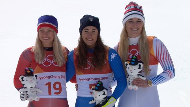 Ragnhild Mowinckel, Olympiasiegerin Sofia Goggia und Lindsey Vonn