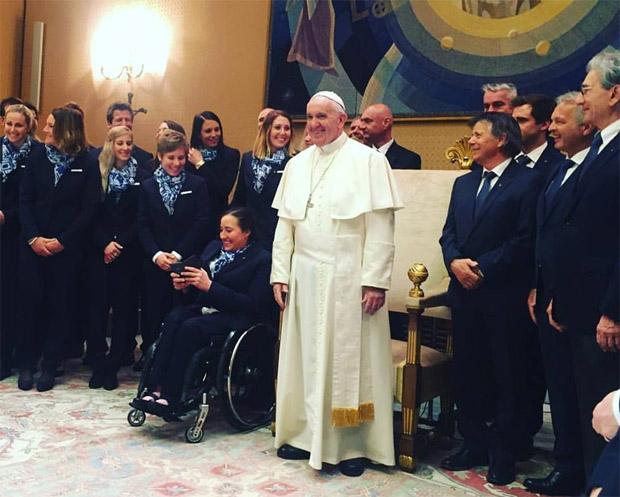 © facebook / Austria Ski Team: Unbeschreiblich beeindruckender Besuch bei Papst Franziskus!