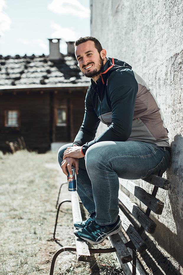 """Dominik Paris ist wunschlos glücklich: """"Ich froh, wenn ich gesund bin und weiterhin mit Freude so weitermachen kann wie bisher."""" (©Foto Red Bull Content)"""