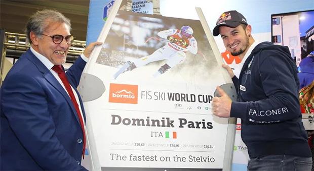 """Auszeichnung für Dominik Paris: """"The Fastest on Stelvio"""" (Foto: © fisi.org)"""