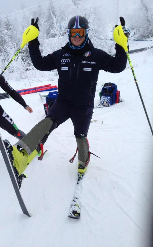 © Twitter: Finalmente oggi sono tornato in pista!! Mi mancavano gli sci...
