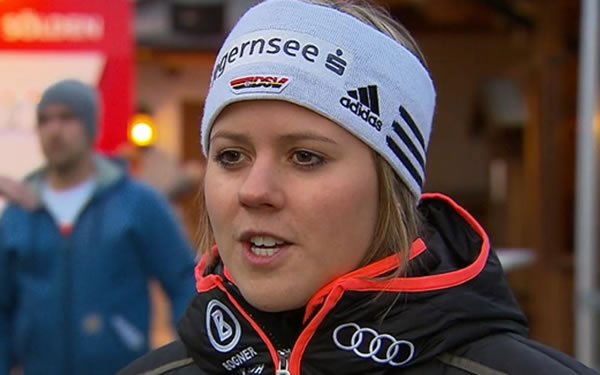 Viktoria Rebensburg hat eine leichte Erkältung