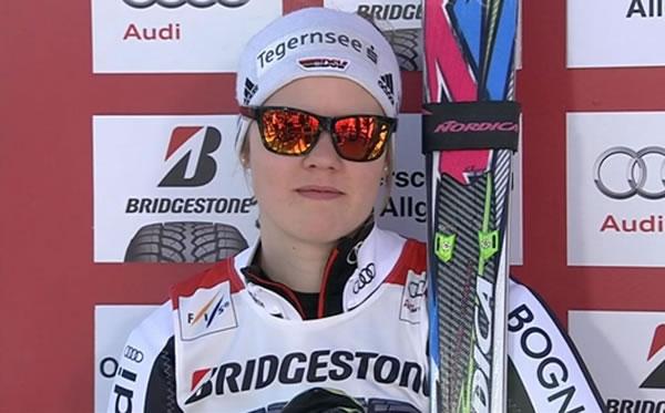 Viktoria Rebensburg führt nach dem 1. Durchgang beim Riesenslalom in Ofterschwang am Samstag