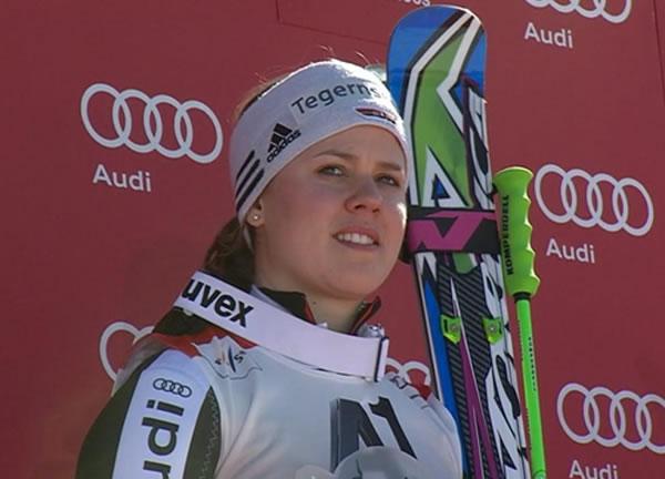 Viktoria Rebensburg gewinnt Riesenslalom in Schladming und gewinnt die kleine Kristalkugel