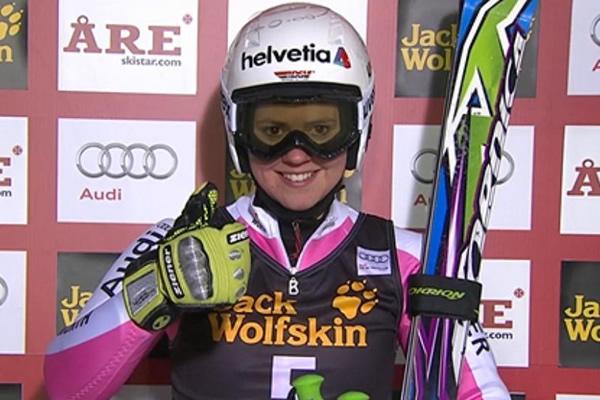 Viktoria Rebensburg führt beim Riesenslalom in Are