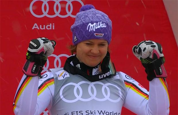 Rebensburg gewinnt ihre dritte Riesenslalom-Weltcupkugel