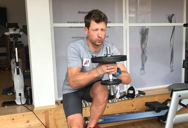"""Hannes Reichelt im Skiweltcup.TV-Interview: """"Ich werde in Zukunft nicht mehr Fußball spielen!"""" (Foto: Hannes Reichelt / Facebook)"""