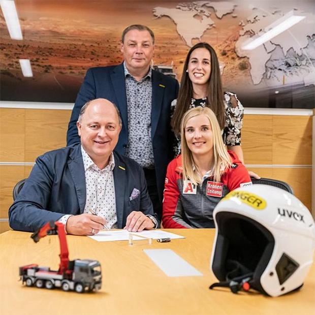 Neuer Helmsponsor für ÖSV-Lady Elisabeth Reisinger (© Elisabeth Reisinger / Facebook)