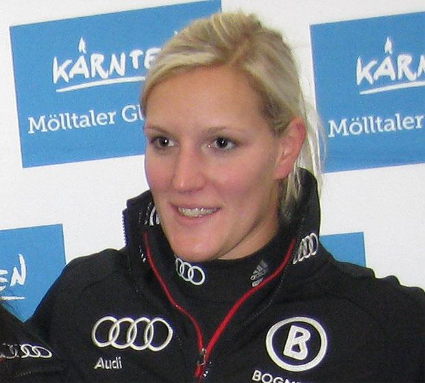 Auch Susi Riesch hängt Skier an den Nagel