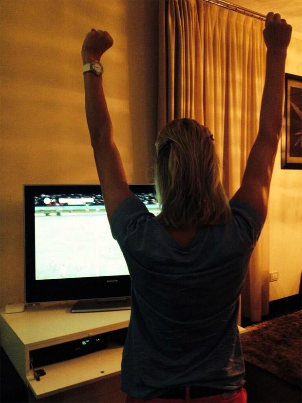 © Twitter privat Maria Höfl-Riesch: Yes, durchgekämpft! Viertelfinale!
