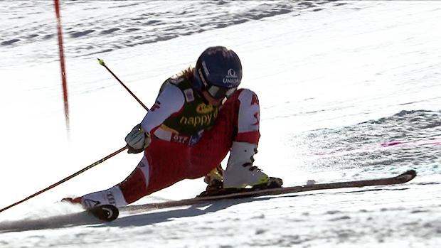 Ski Weltcup Saison startet mit schweren Sturz von Bernadette Schild