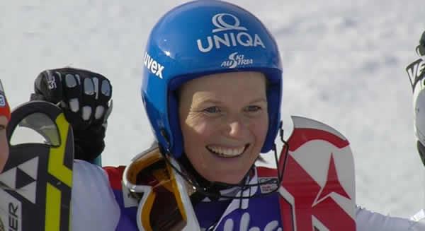 """Marlies Schild: Die Österreichische Slalomkönigin gewinnt im französischen Courchevel mit einem Vorsprung von """"sageundschreibe"""" 1.87 Sekunden."""