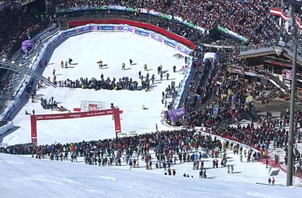 Salzburger Flughafen richtet Fokus auf Ski-WM 2013